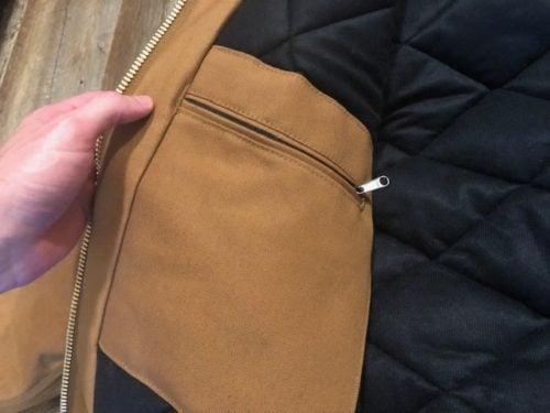 carhartt-duck-active-jacket-review-pocket-zip