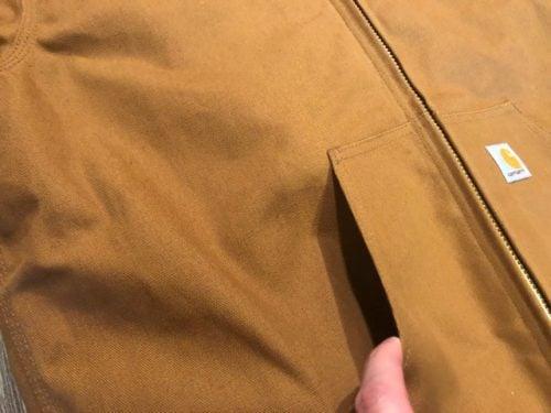 carhartt-duck-active-jacket-review-pockets