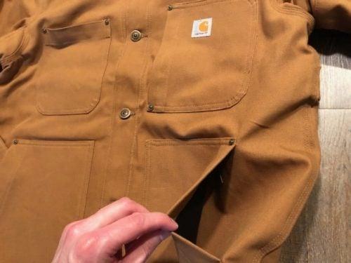 carhartt-duck-chore-coat-review-front-pocket