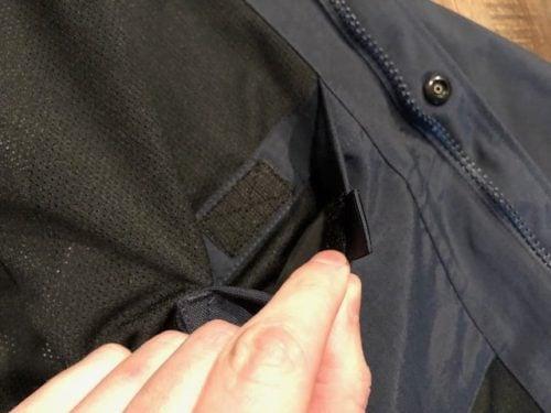 shoreline-jacket-carhartt-review-velcro-pocket