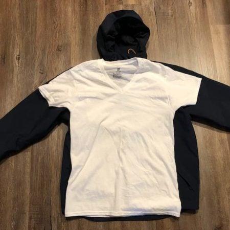 shoreline-jacket-carhartt-vs-t-shirt
