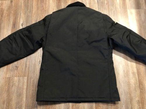 yukon-arctic-Carhartt-extreme-coat-review-closed-backside