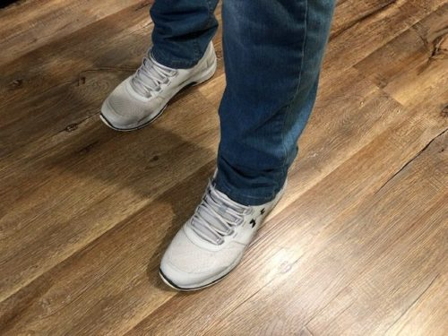 levis-511-jeans-sneakers