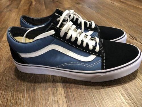 vans-old-skool-shoes-side