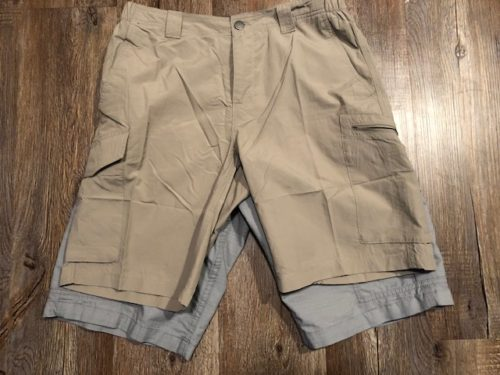 silver-ridge-shorts-vs-carhartt