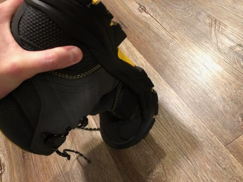 keen-logandale-boots-flexibility