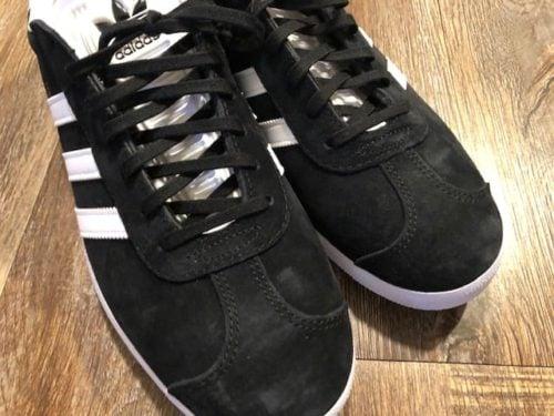 adidas-gazelle-toe