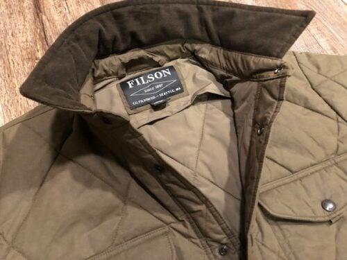 filson-quilted-shirt-jacket-collar